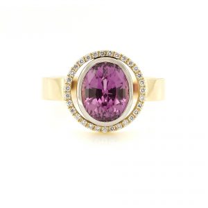 geelgoude-ring-diamant-hot-pink-saffier