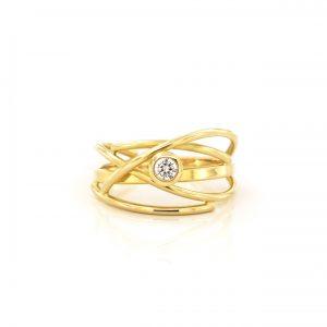 Sabine Eekels - 18 kt geelgouden fantasiering met diamant