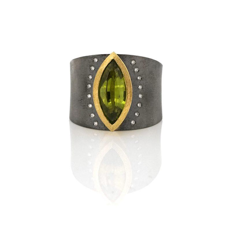 Unica-Zilveren ring met geslepen groene Chrysoberyl BE.U.rzg.0006