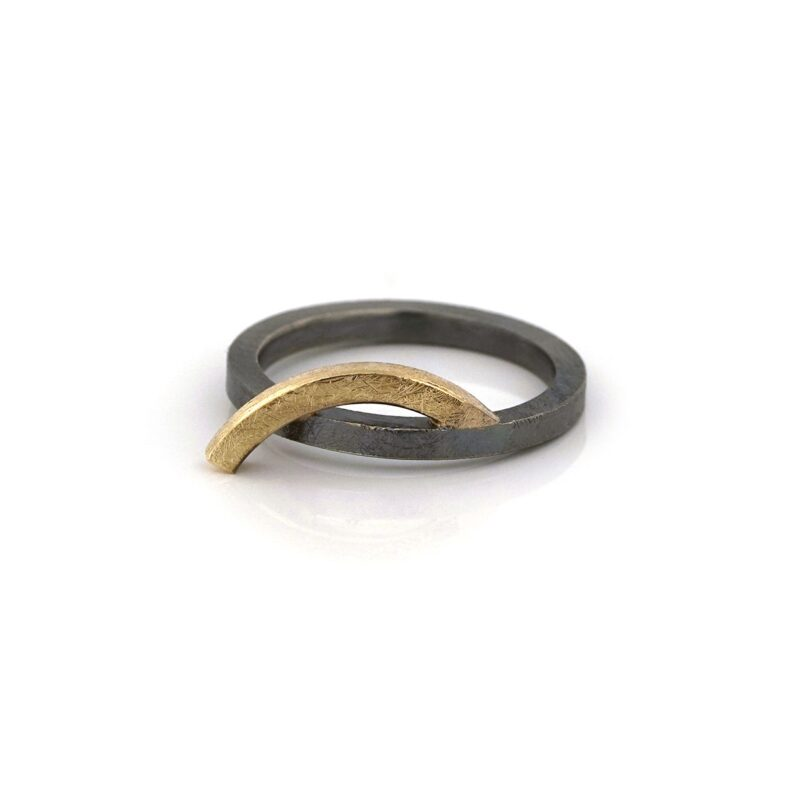 Silver ring with golden bow - BE.rzg.43
