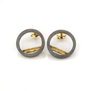zilveren oorbellen-gesmolten-gouden buisje BE.ozg.004